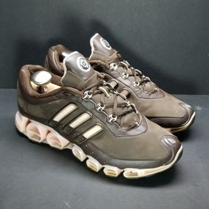 Adidas A3, size 8, brown/pink.